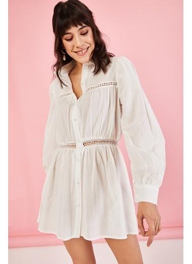 ESQ Bebe Yaka Güpürlü Elbise Beyaz